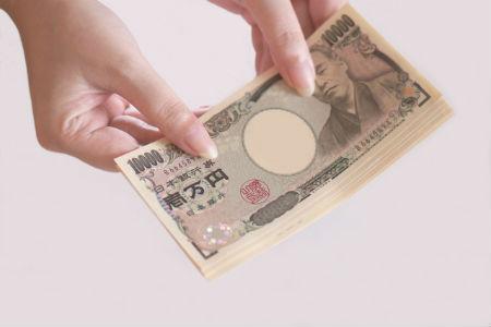 カード会社への支払金額は利用金額と換算レートによって決まる
